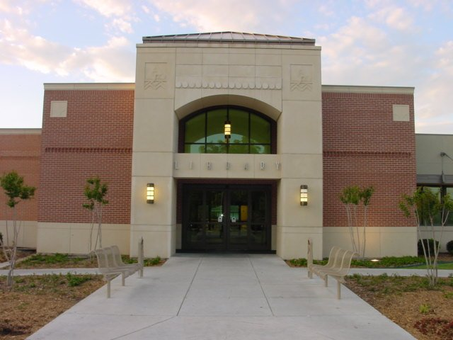 Ardmore Public Library (front view)